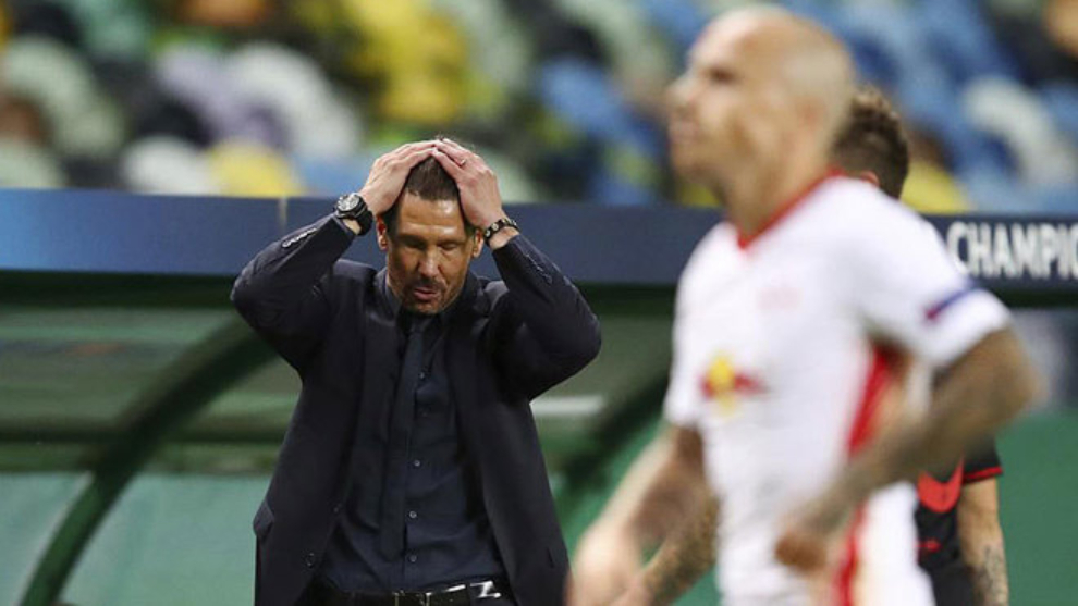 Atletico Madrid fans run out of patience with Simeone