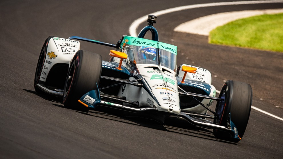 Fernando Alonso buscará hoy el Fast Nine en Indianápolis.