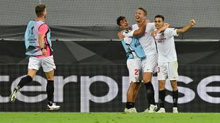 Luuk de Jong anotó el gol de la victoria para el Sevilla.