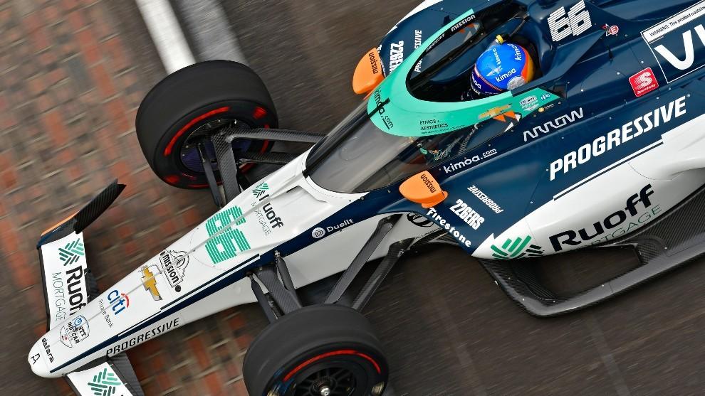 Alonso sumó 100 vueltas más en configuración de carrera.