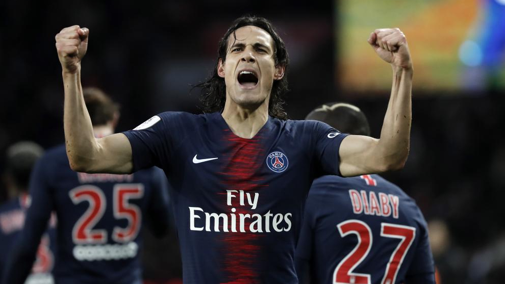 Cavani: I would be happy at Benfica