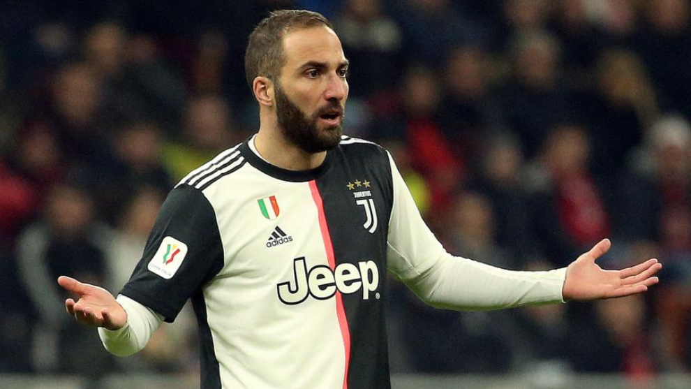 Higuain's warning to Messi: Premier League defenders kick you and freekicks aren't called