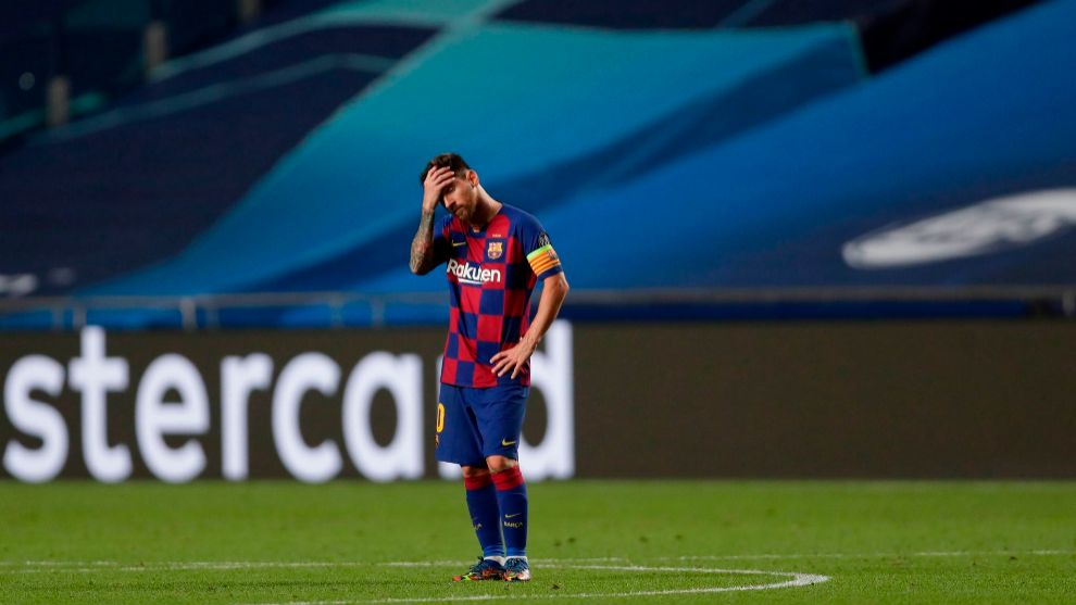 TOPSHOT - Barcelonas Argentinian forward Lionel lt;HIT gt;Messi lt;/HIT gt; reacts during the UEFA Champions League quarter-final football match between Barcelona and Bayern Munich at the Luz stadium in Lisbon on August 14, 2020. (Photo by Manu Fernandez / POOL / AFP)