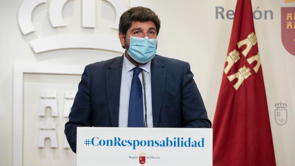 Murcia limita al 50% la ocupación de los coches entre personas no convivientes