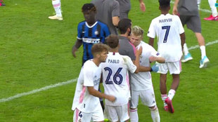 Los jugadores del Madrid, tras lograr el pase a las semifinales