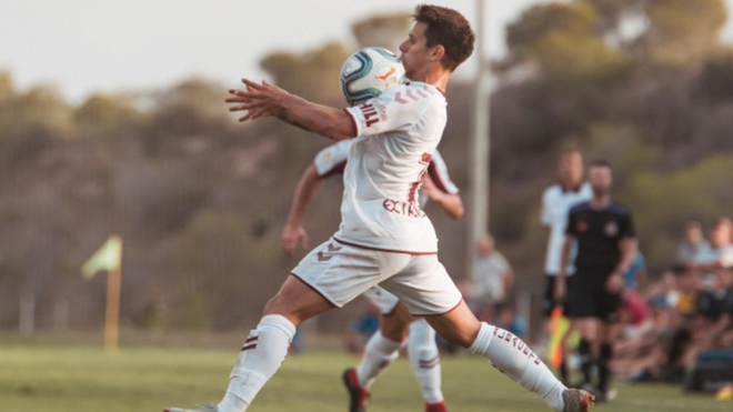 Alfon, durante un partido con el Albacete.