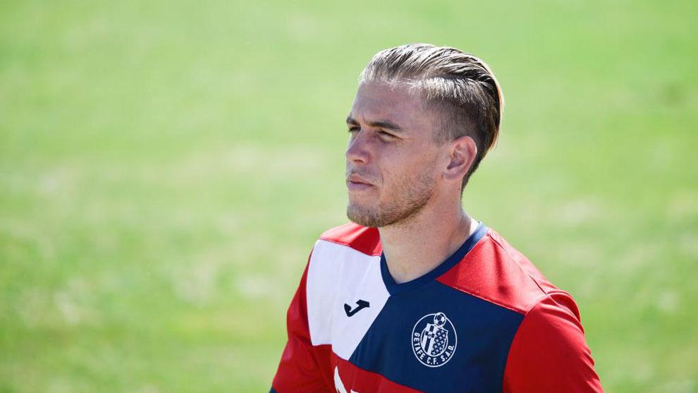 Álvaro Jiménez no vestirá la camiseta del Getafe la próxima...
