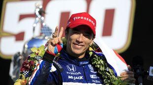 Takuma Sato, ganador de la Indy 500 2020.
