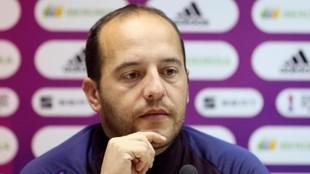 Lluis Cortés durante una rueda de prensa esta temporada.