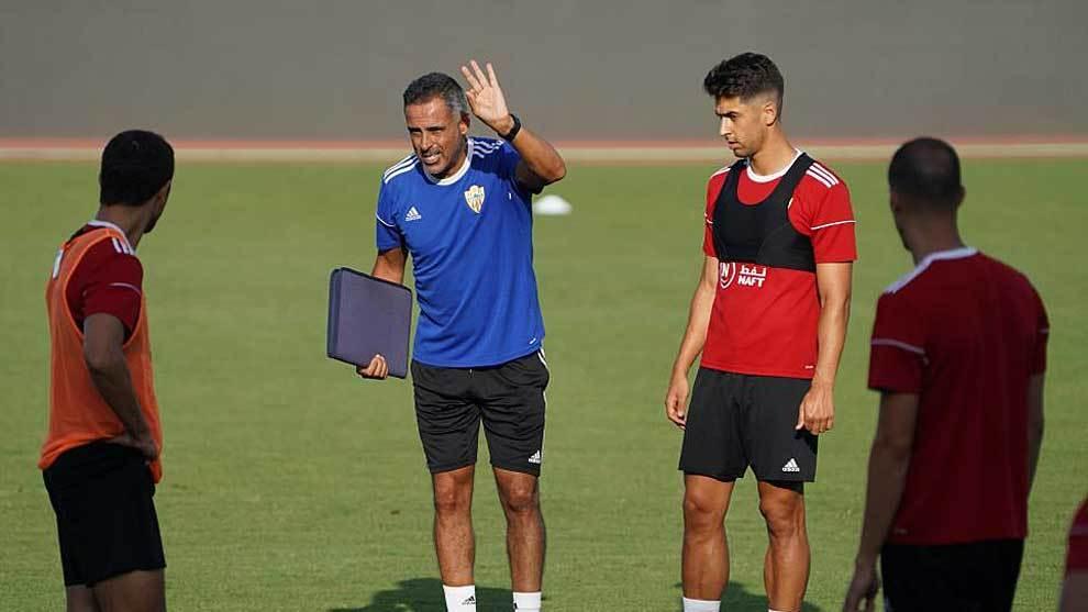 José Gomes, durante un  entrenamiento reciente con el conjunto...