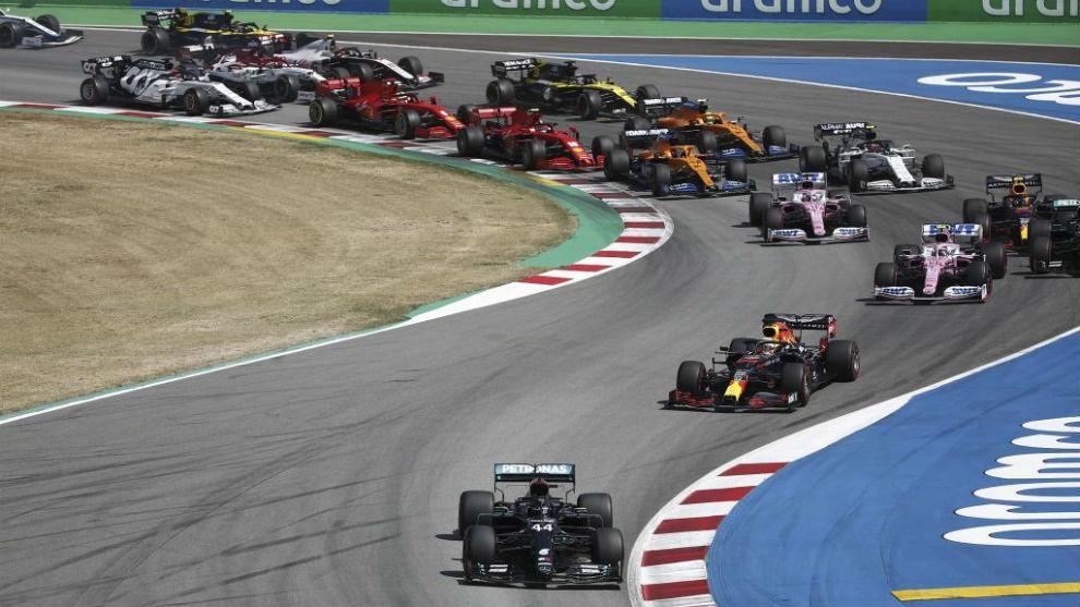 Salida de la carrera de Barcelona de F1.
