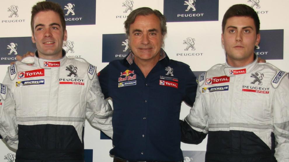 Sainz, junto a Pepe López y 'Cohete', cuando creó con Peugeot (2015)...
