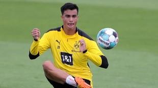 Reinier, durante un entrenamiento con el Borussia