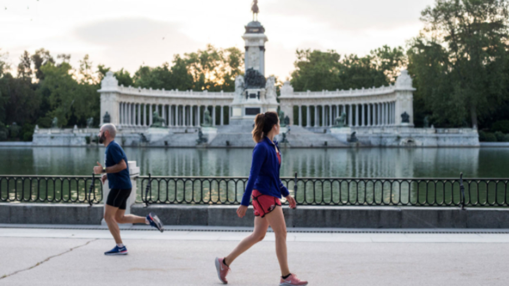 El Ayuntamiento de Madrid cerrará los parques por la noche y las...