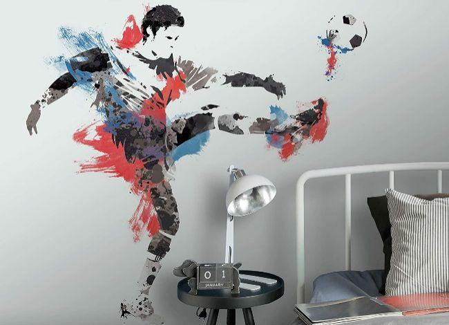 Los vinilos deportivos más vendidos o cómo redecorar tu casa con poco dinero
