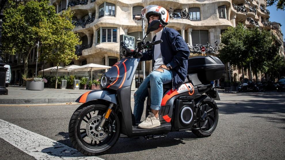 Seat lanza MÓ en Barcelona, con motos eléctricas por 75 euros a la semana