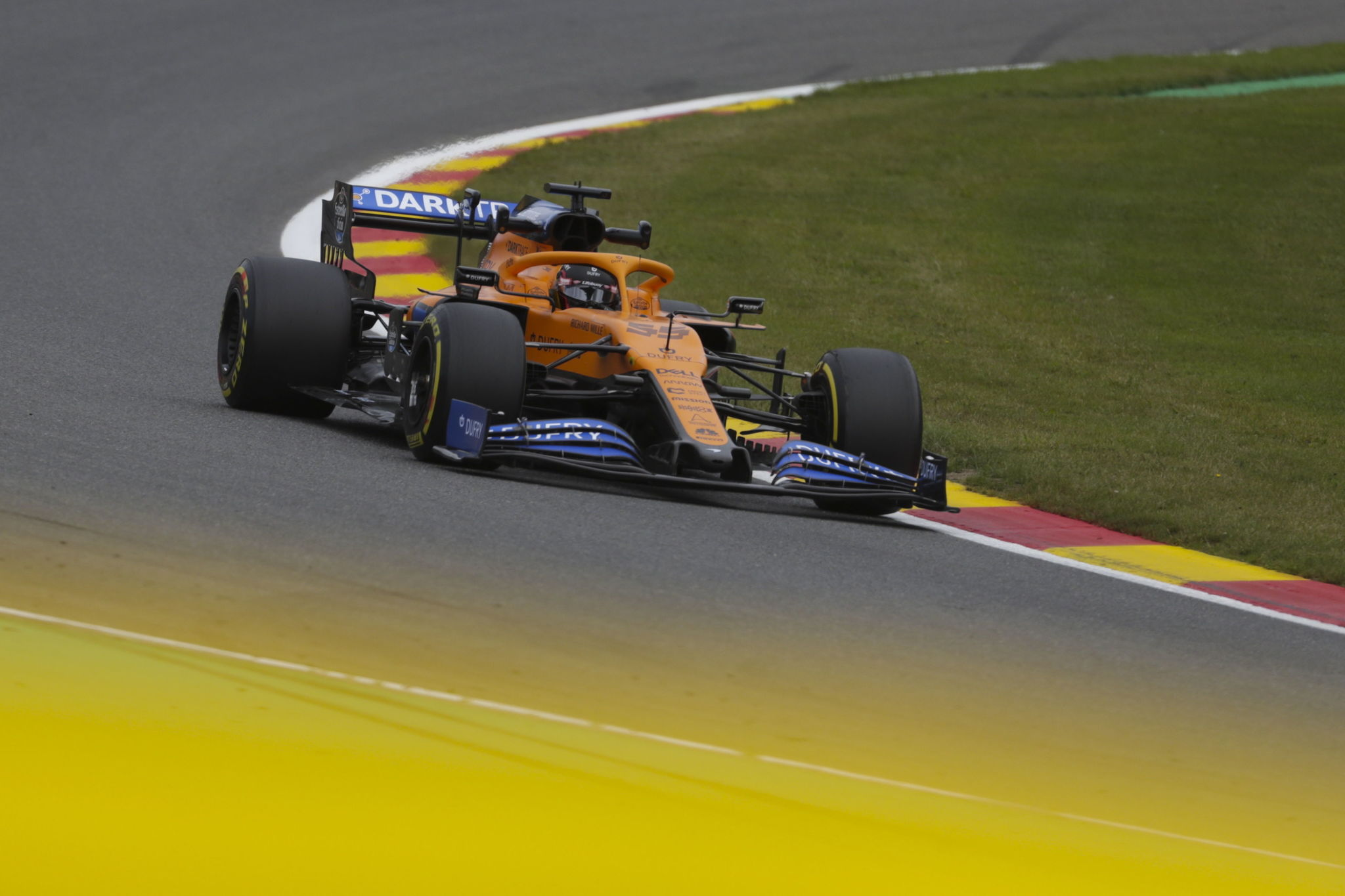 Stavelot (Belgium), 28/08/2020.- Spanish Formula One driver Carlos lt;HIT gt;Sainz lt;/HIT gt; of McLaren in action during the second practice session at the Spa-Francorchamps race track in Stavelot, Belgium, 28 August 2019. The 2020 Formula One Grand Prix of Belgium will take place on 30 August 2020. (Fórmula Uno, Bélgica) EFE/EPA/Stephanie Lecocq / Pool