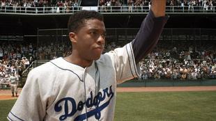 Boseman, en su papel de Jackie Robinson en '42'.