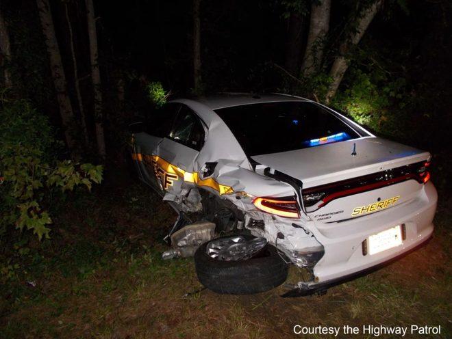 Así quedó el coche de policia de la NC Highway Patrol.