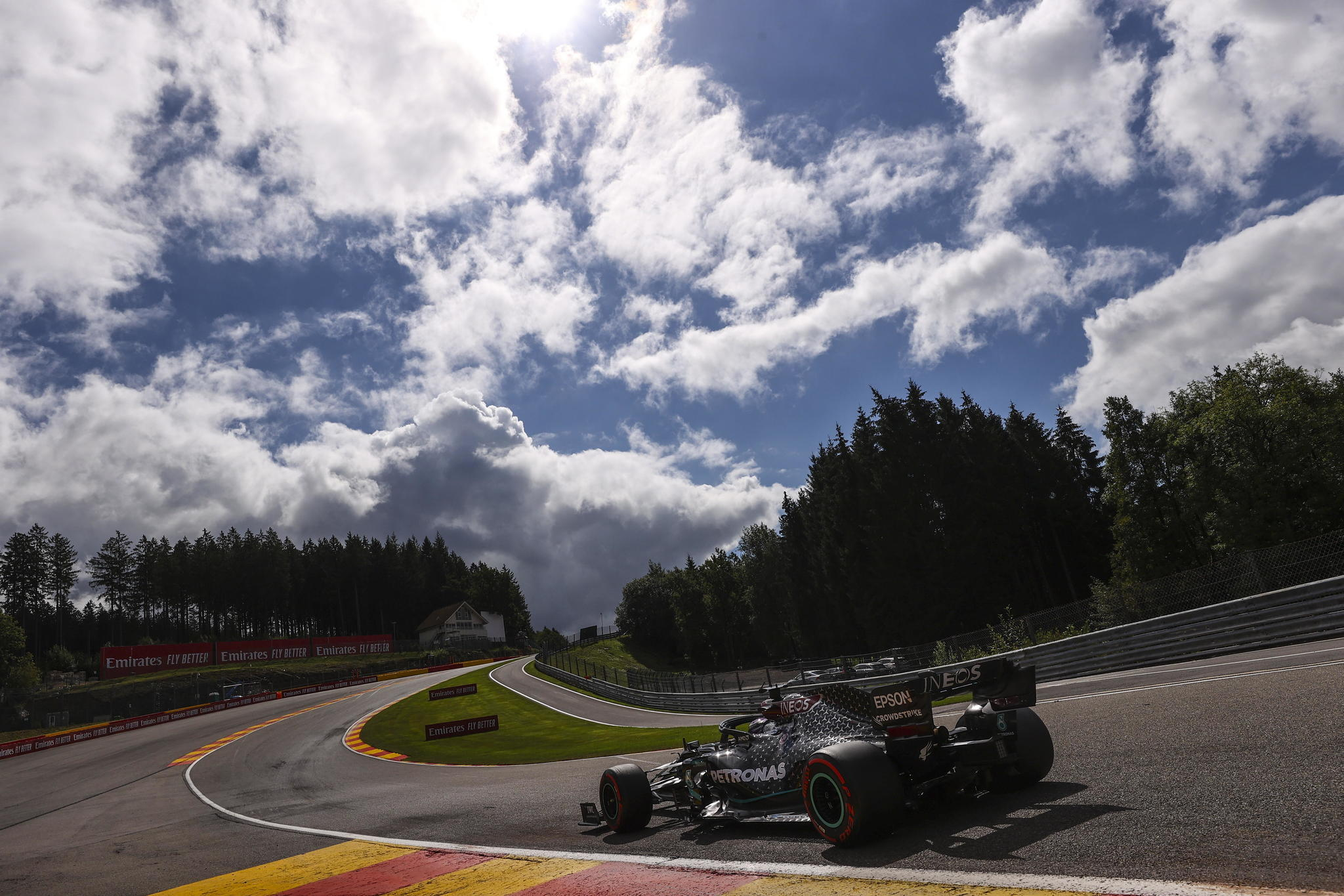Stavelot (Belgium), 29/08/2020.- British Formula One driver Lewis lt;HIT gt;Hamilton lt;/HIT gt; of Mercedes-AMG Petronas in action during the third practice session at the Spa-Francorchamps race track in Stavelot, Belgium, 29 August 2020. The 2020 Formula One Grand Prix of Belgium will take place on 30 August 2020. (Fórmula Uno, Bélgica) EFE/EPA/Lars Baron / Pool