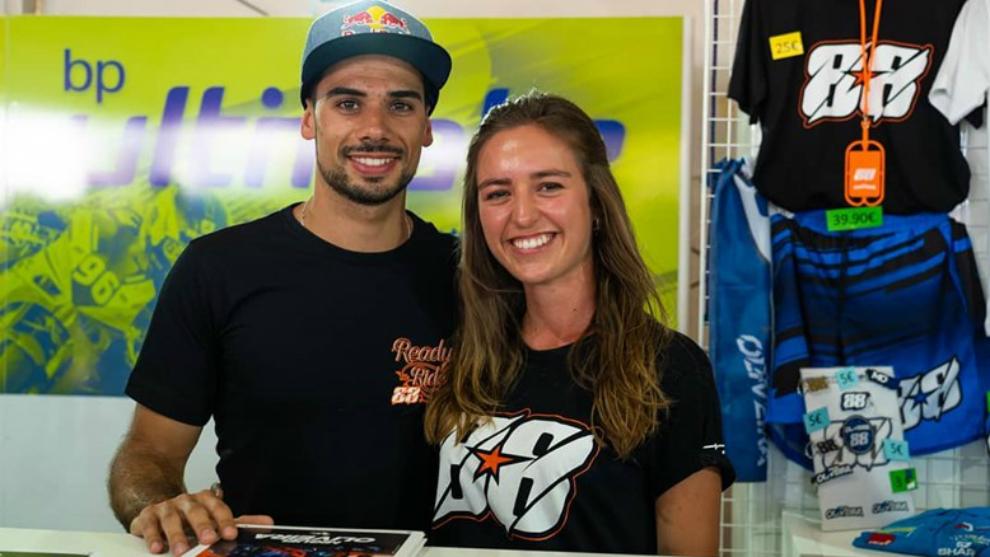 Oliveira and Andreia.