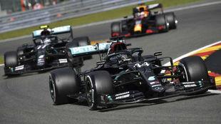 Hamiltonm, Bottas y Verstappen, el trío de siempre en cabeza.
