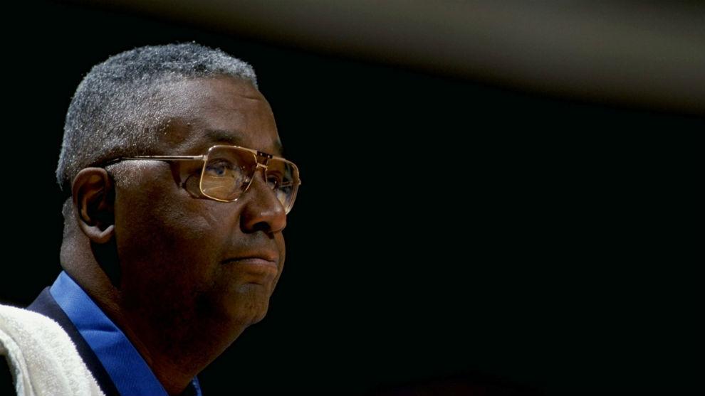 """Muere John Thompson, legendario técnico de Georgetown, """"padre"""" de Iverson y Ewing"""