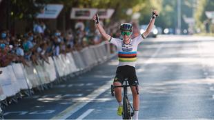 Annemiek van Vleuten, campeona del mundo, es nueva ciclista del...