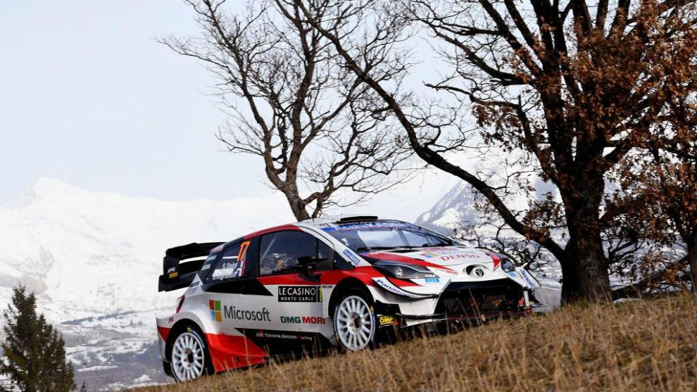 Ogier, el líder, en el Rally Montecarlo.