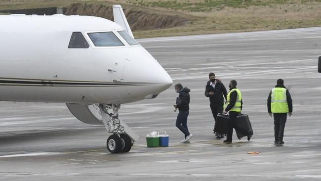 El padre de Messi, Jorge Messi, antes de viajar a Barcelona.