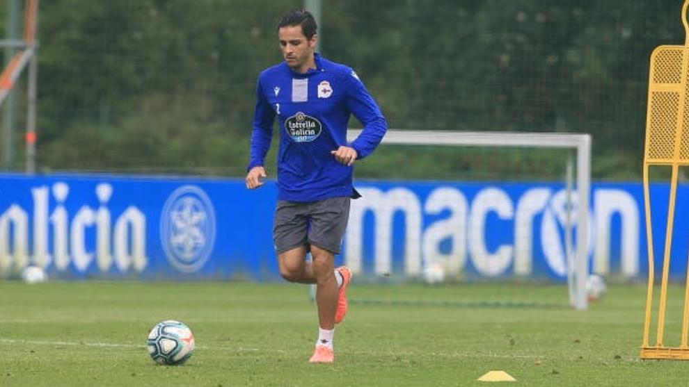 David Simón, durante un entrenamiento con el Deportivo de la Coruña.