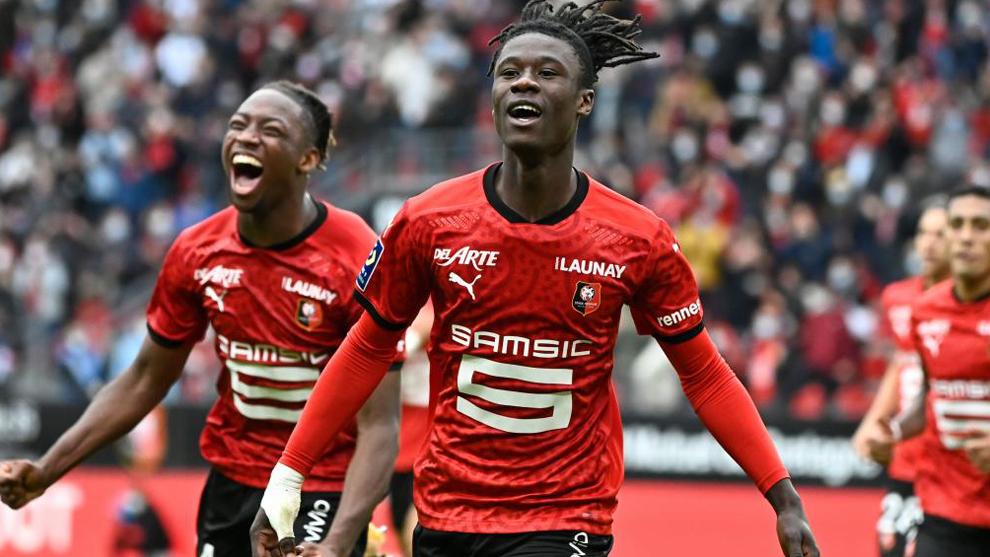 Camavinga celebra un gol con el Rennes.
