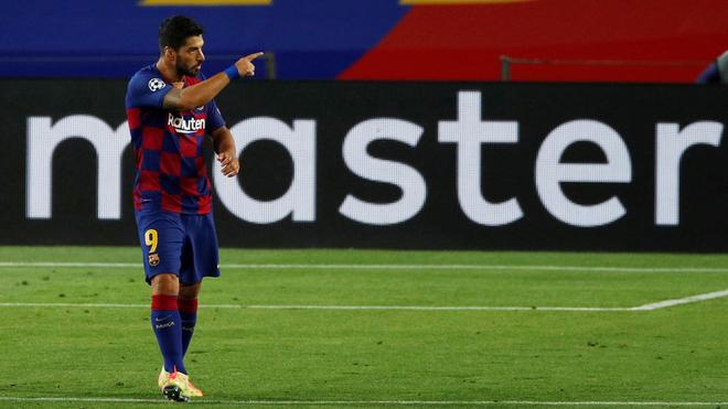 Suárez estaría cerca de abandonar al Barcelona.