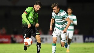 Juárez pierde la ventaja y empata ante Santos en casa.