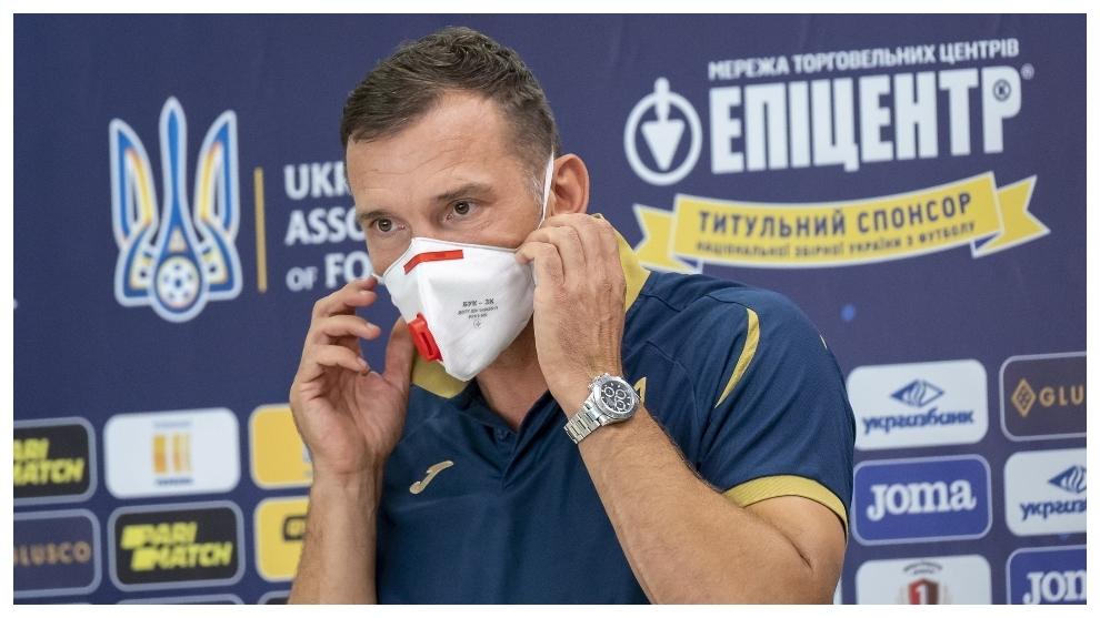 Shevchenko: Lunin est prêt à relever le défi de jouer pour le Real Madrid