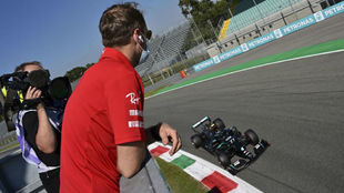 Vettel, tras no pasar ni de la Q1, siguió la calificación como un...
