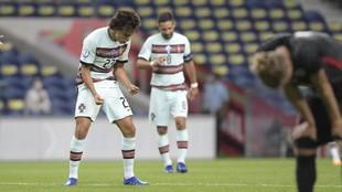 Joao celebra su primer gol con Portugal.