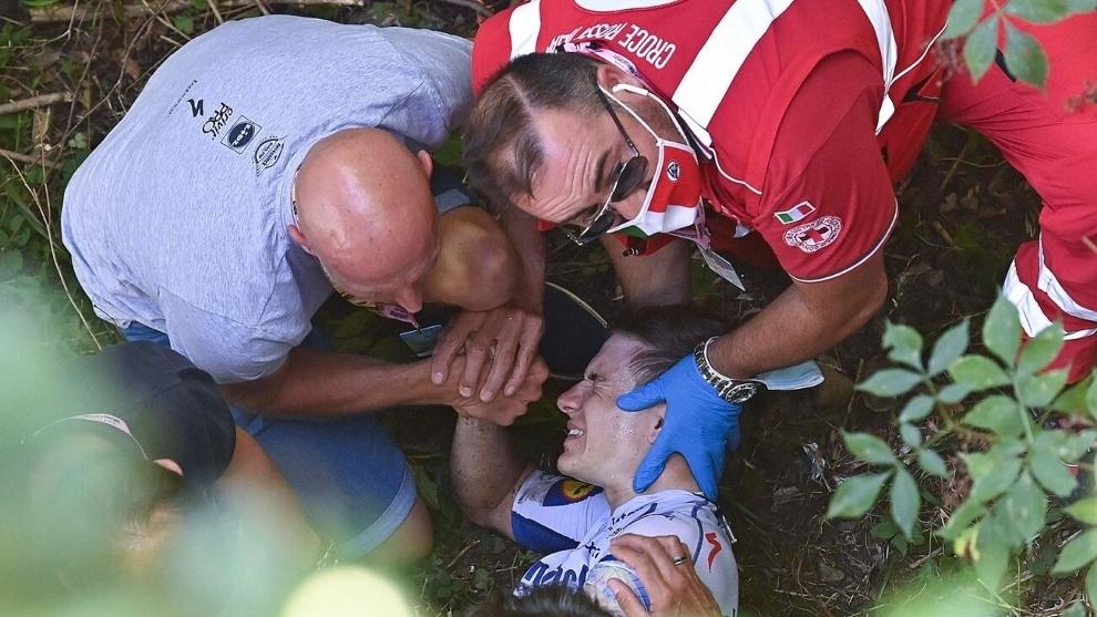 """Evenepoel arrastra dolores de su gran caída: """"No sé cuándo volveré a correr"""""""