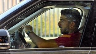 Luis Suárez, en el coche.