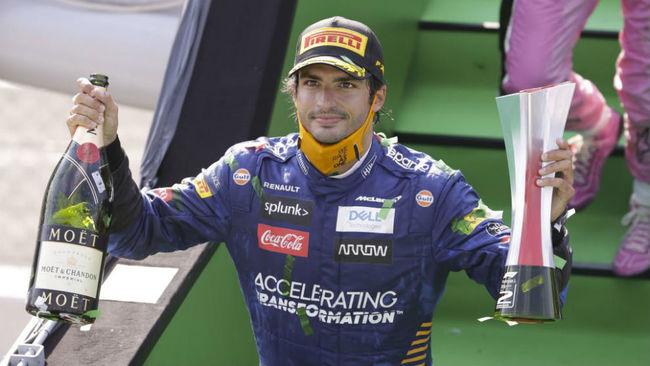 Carlos Sainz acaricia el cielo en Monza