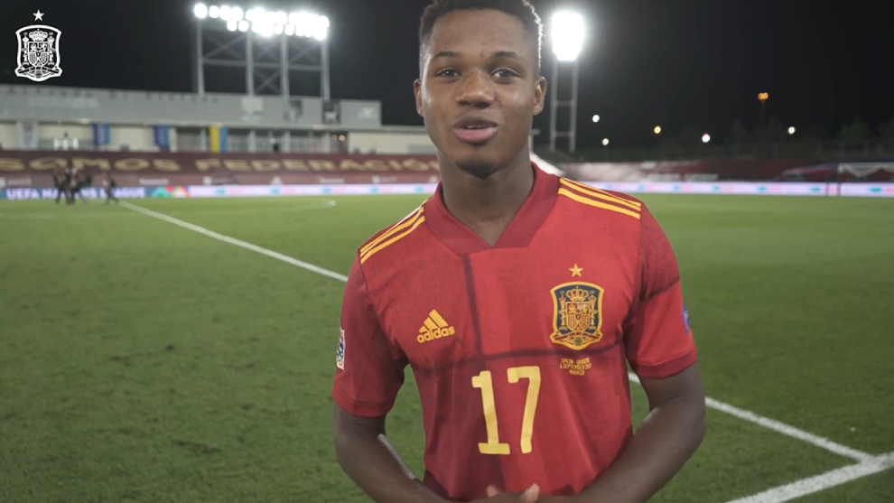 Ansu Fati dedicates his goal to his brother