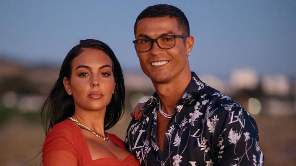 Reports from Portugal that Cristiano Ronaldo has proposed to Georgina Rodriguez | MARCA in English