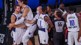 Doncic se encara con los Clippers en el último partido de la serie de...