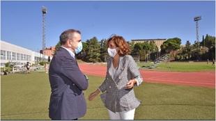 La presidenta del CSD, Irene Lozano, con el Delegado de Gobierno en...