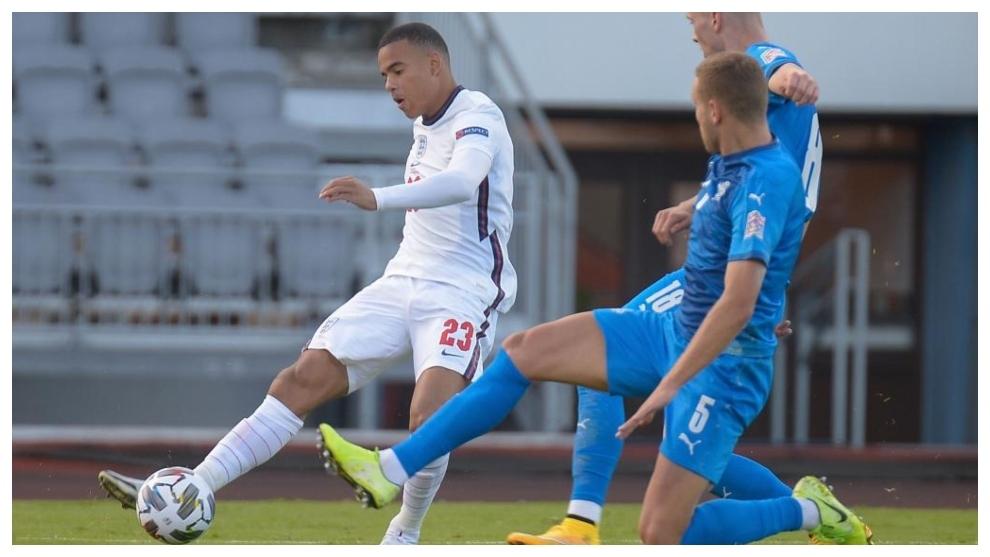 Mason Greenwood lors de ses débuts contre l'Islande