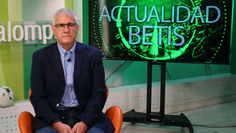 El director general deportivo del Betis repasa la actualidad del...