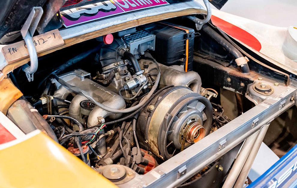 El motor era en realidad el de un Carrera 3.2 preparado para dar 400 CV.