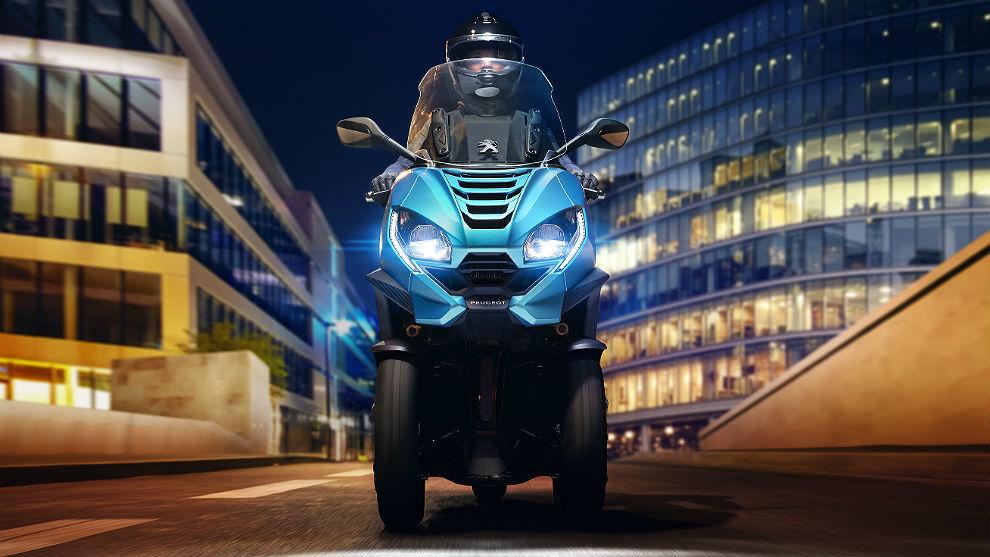 Peugeot Metropolis, en la cumbre de los 'tres ruedas'