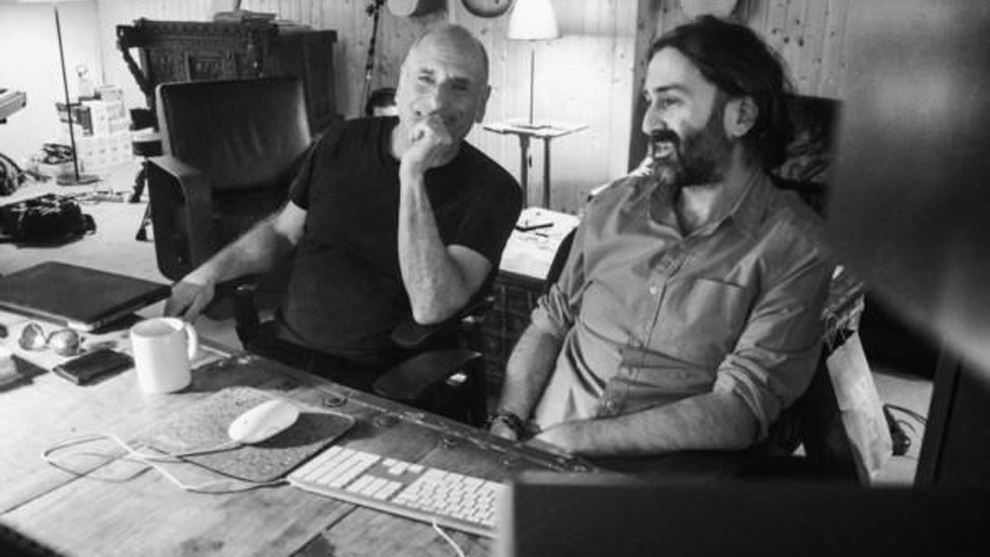 El músico David Broza y el productor Javier Limón.