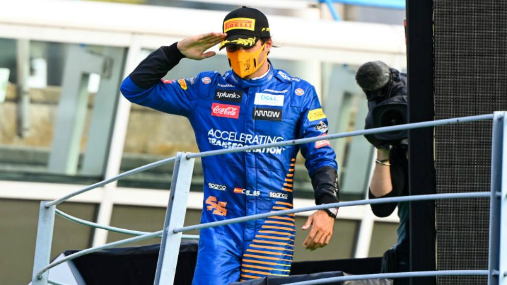 Carlos Sainz, en el podio de Monza.